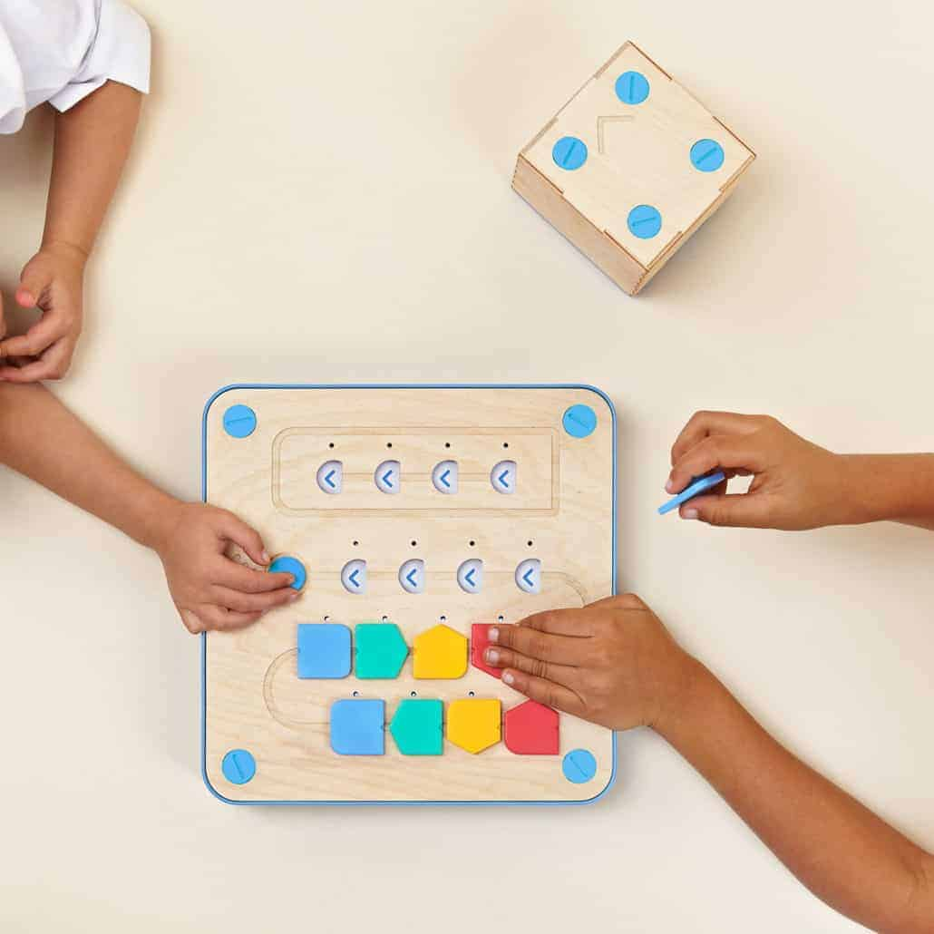 Best Coding Toys Reviewed : Amazing montessori approved coding toy for kids rock