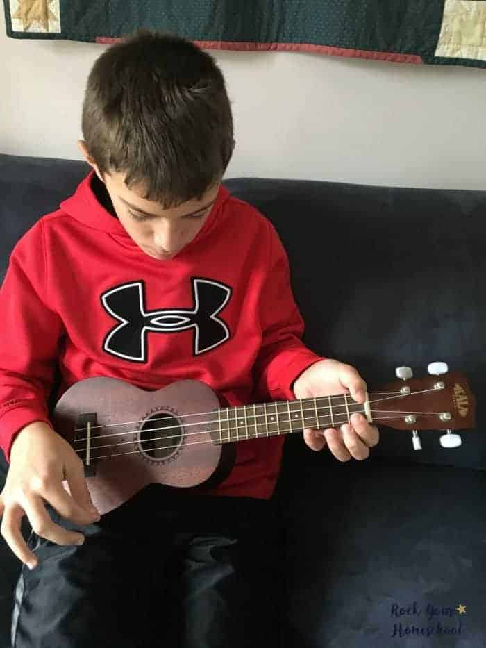 Learn with your kids! Try the ukulele & find out how this musical instrument will add learning fun to your family.